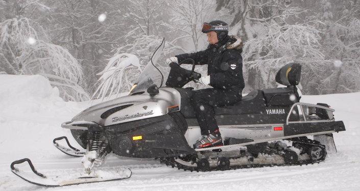بوتين يتزلج