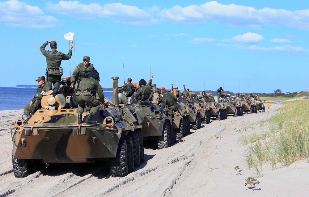 ناقلات الجنود المدرعة بي تي أر 80