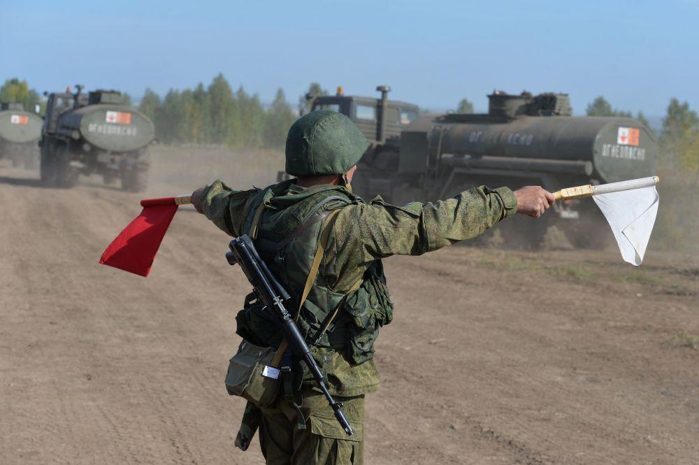 المناورات الاستراتيجية الروسية سنتر 2015