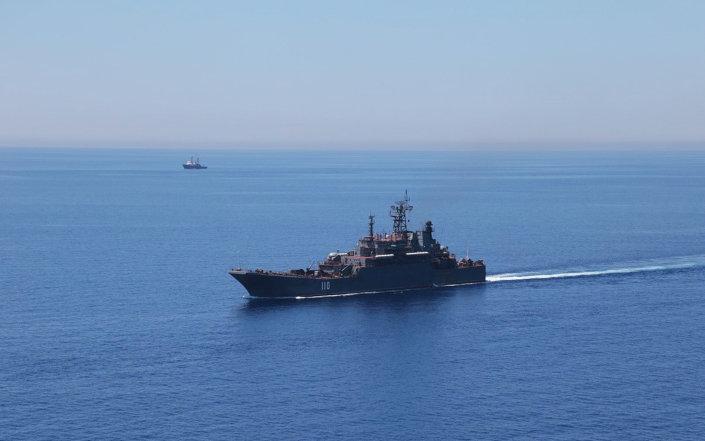 سفينة حربية روسية في البحر المتوسط