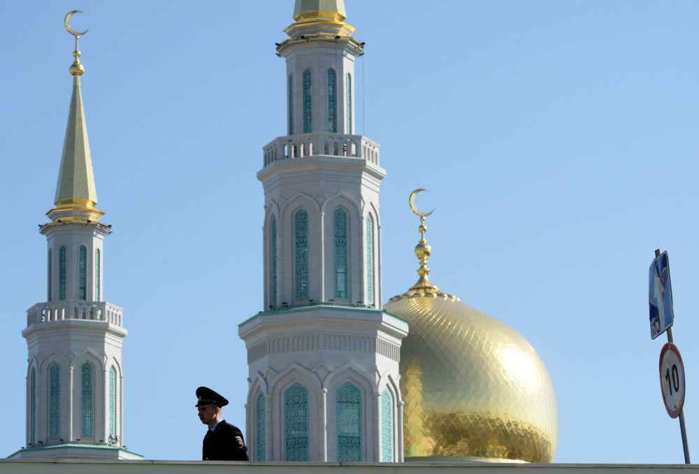المسجد الكبير في موسكو