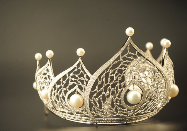 تاج ملكة الجمال