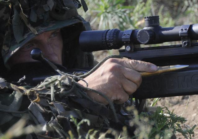 قناص تابع للقوات الخاصة الروسية