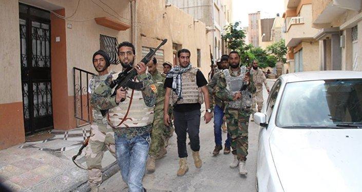 الجيش الليبي في شوارع بنغازي