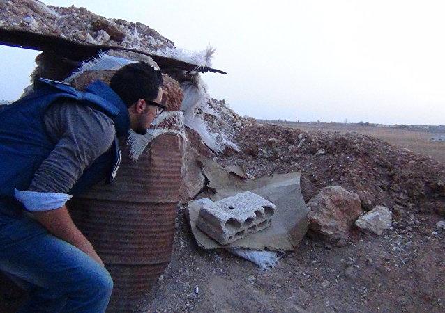 مراسل سبوتنيك على خطوط النار في سورية