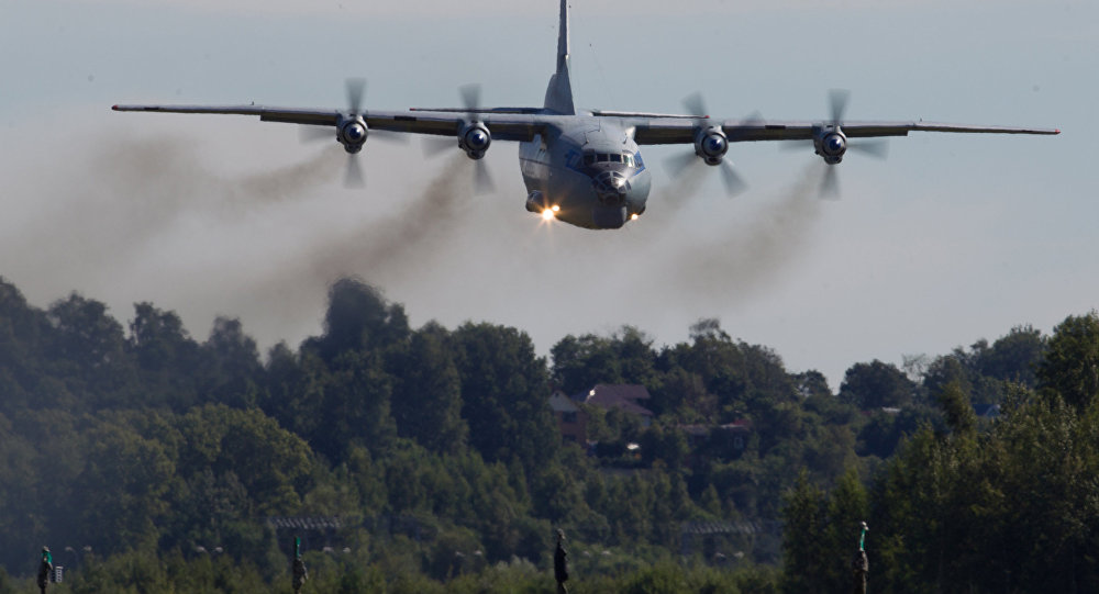 طائرة ان-12