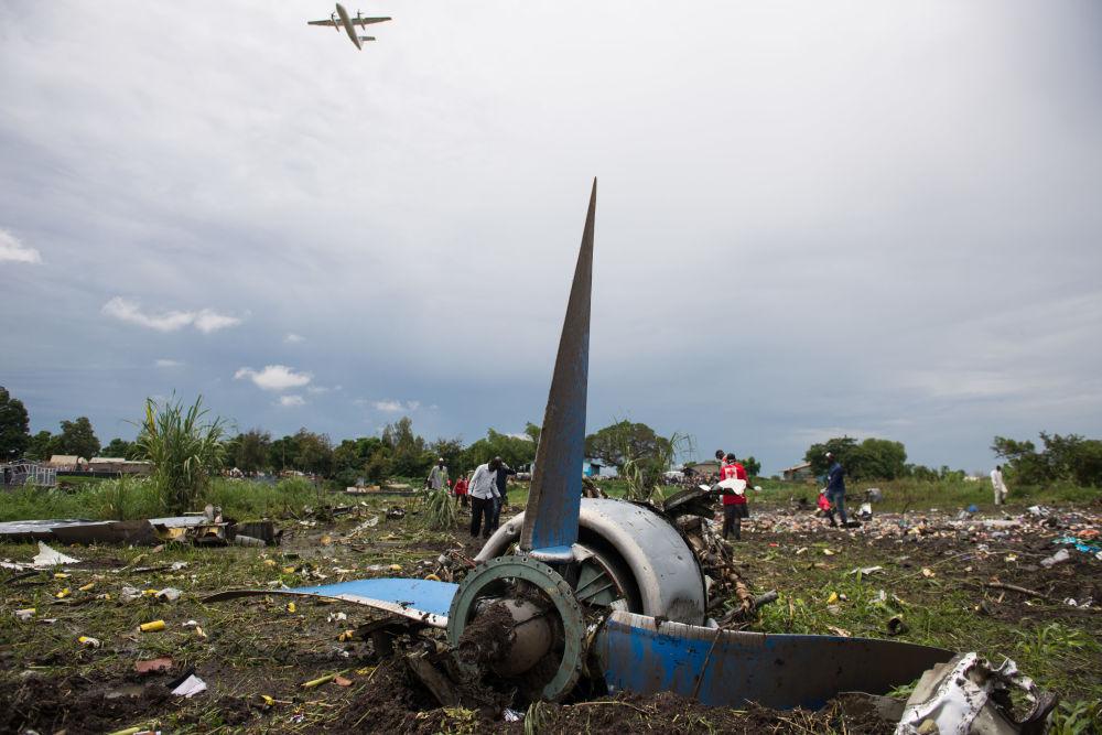 طائرة النقل آن-12 التي تحطمت في جنوب السودان، يوم الأربعاء الماضي 4 نوفمبر/ تشرين الثاني 2015.