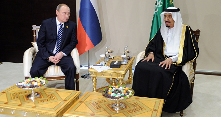 اللقاء بين الرئيس الروسي بوتين والملك السعودي سلمان