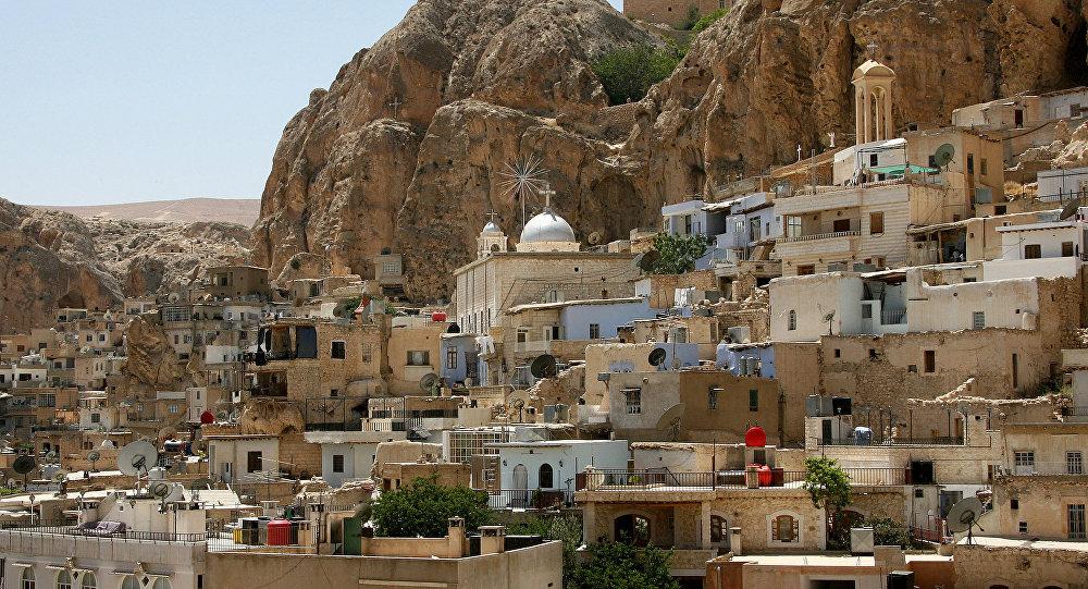 مشهد يطل على القرية المسيحية المعلولة، 60 كم شمال العاصمة دمشق، 29 يونيو/ حزيران 2009.