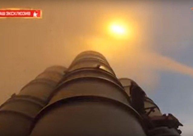 اطلاق صواريخ اس - 400