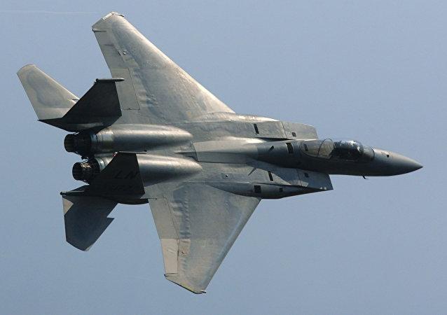 مقاتلة اف-15