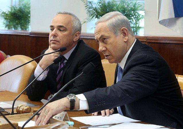 وزير الطاقة الإسرائيلى يوفال شتاينتس ورئيس الحكومة نتنياهو