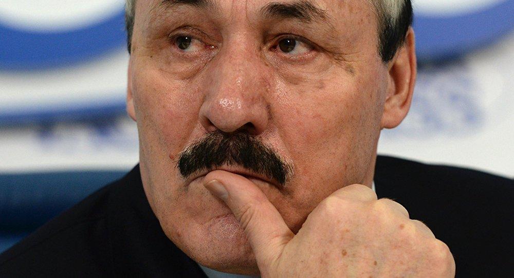 رئيس داغستان رمضان عبد اللطيفوف