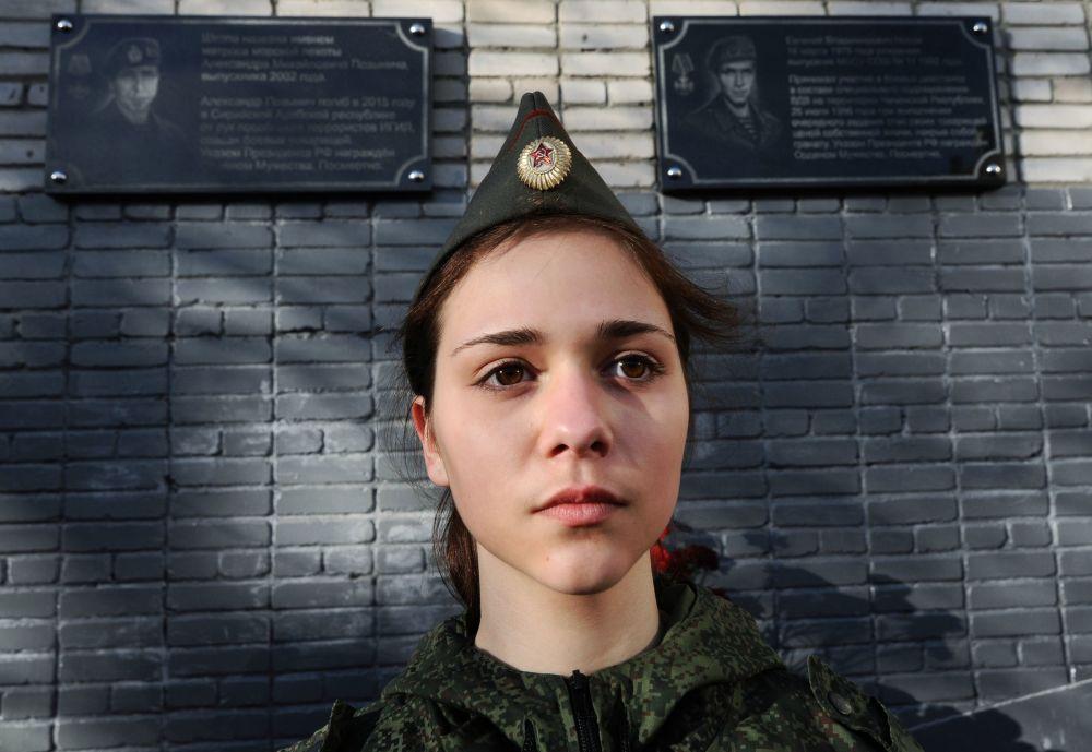 افتتاح لوحة تذكارية تخليداً للبحار ألكسندر بوزينيتش
