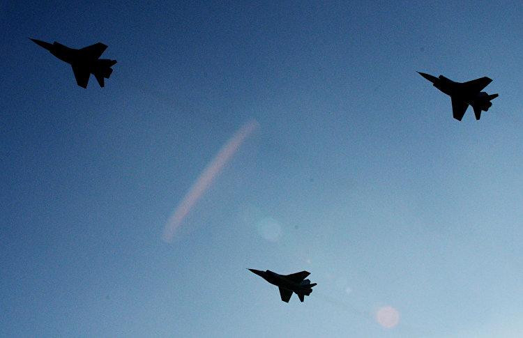أول 3 مقاتلات من طراز ميغ 31 بي إم بعد التحديث