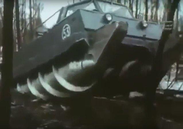 الوحش السوفيتي زيل
