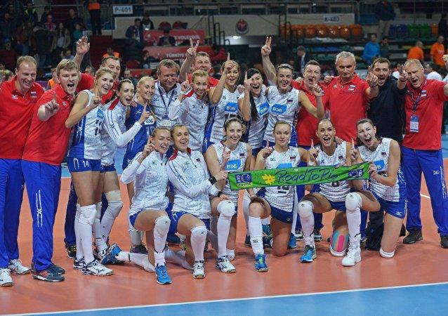 منتخب الكرة الطائرة الروسي للسيدات يتأهل إلى أولمبياد ريو دي جانيرو