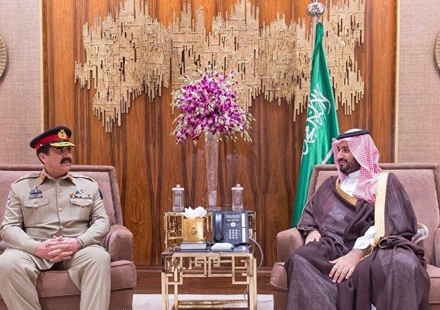 قائد الجيش الباكستاني الفريق أول راحيل شريف وولي ولي العهد السعودي وزير الدفاع الأمير محمد بن سلمان