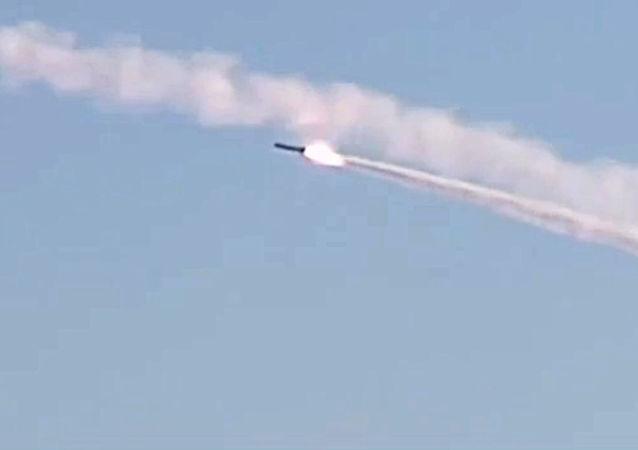 إطلاق صواريخ كاليبر