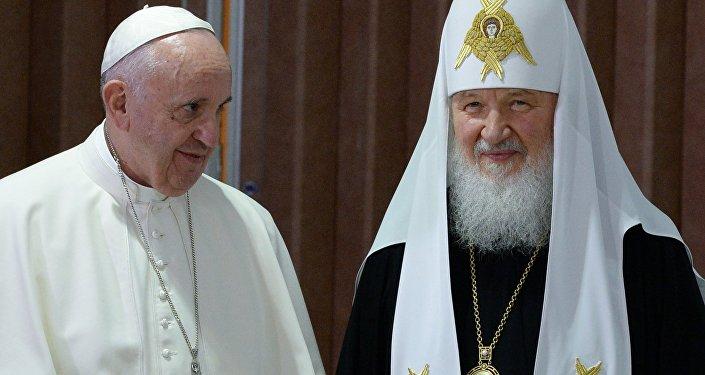 لقاء البابا فرانسيس والبطريرك كيريل