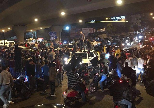 احتجاجات في المشرفية والغبيري على تقليد نصرالله