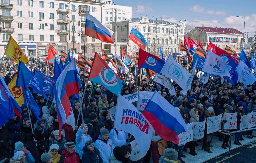 الاحتفال بإعادة توحيد شبه جزيرة القرم مع روسيا في أومسك