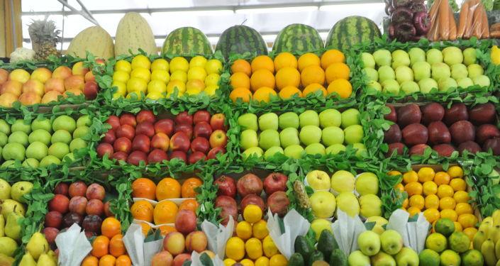 سوق الفواكه في موسكو