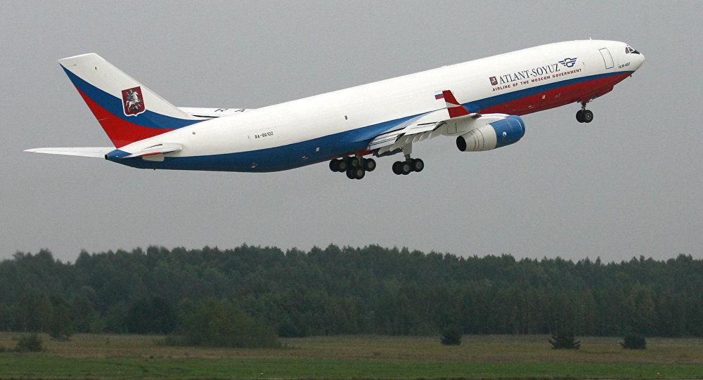 طائرة إيل-96 400تي