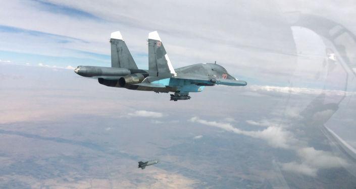 مقاتلة قاذفة من طراز سو-34