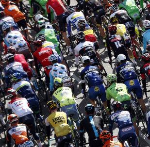 سباق الدراجات أمستل غولد ريس في مدينة ماستريخت في هولندا، 17 أبريل/ نيسان 2016.