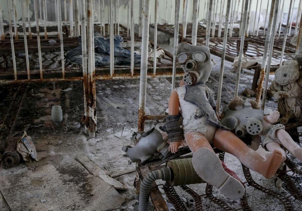 روضة للأطفال بمدينة بريبيات، القريبة من محطة تشيرنوبيل النووية، والمنطقة الممنوع دخولها