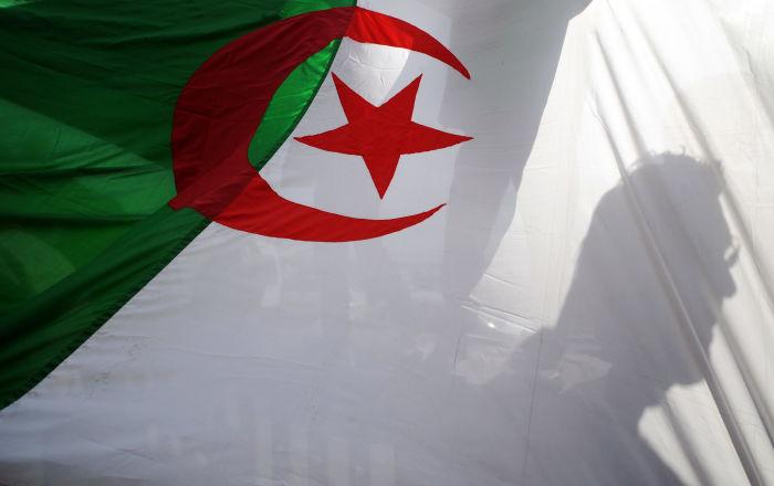 الجزائر... إيداع وزير العدل السابق الحبس المؤقت