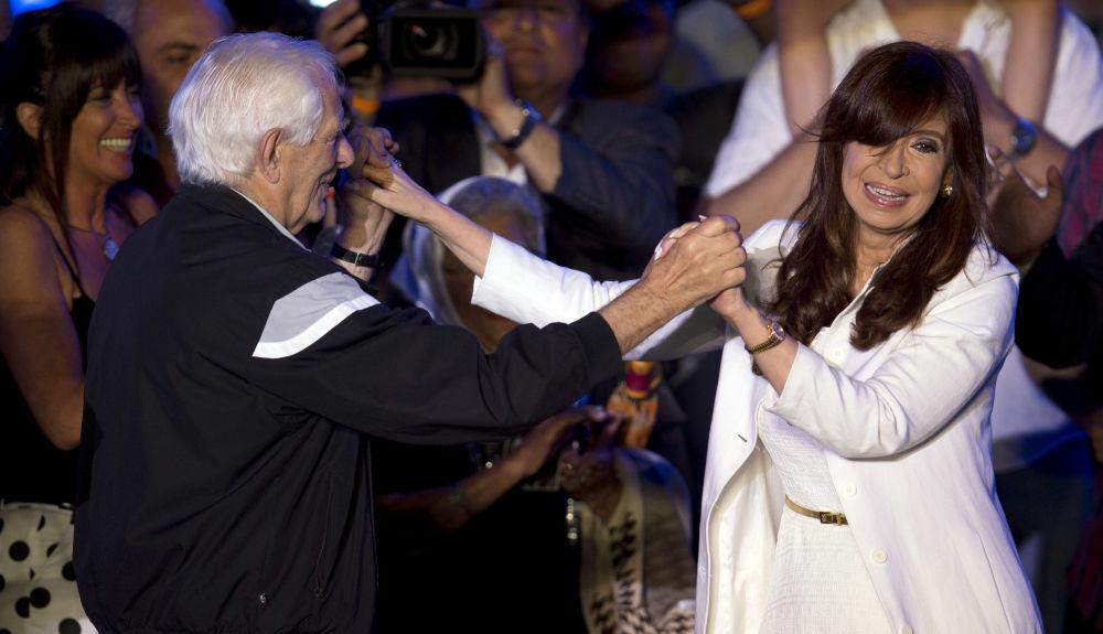 رئيسة الأرجنتين ترقص