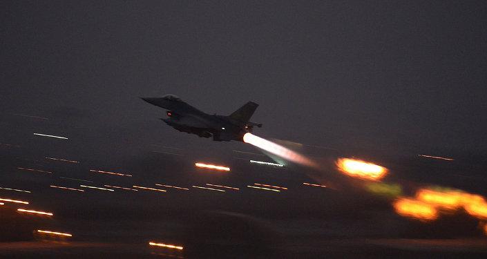 مقاتلة من طراز اف-16