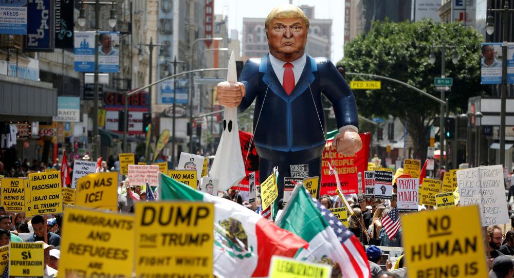 مظاهرة عمالية في لوس أنجليس