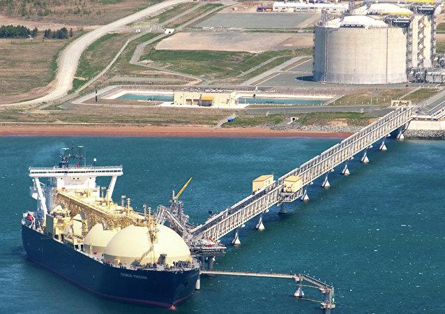 مصنع الغاز الطبيعي المسال في جزيرة ساخالين
