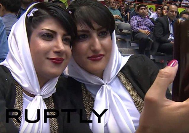 مهرجان التوائم في إيران
