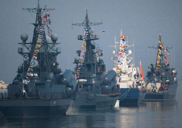 سفن أسطول البحر الأسود في بالتيسك