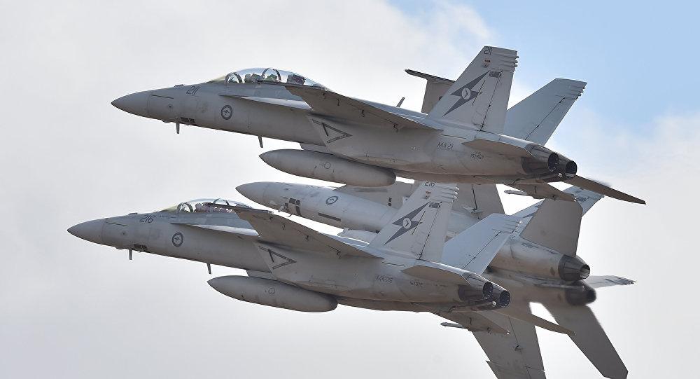 مقاتلات F-18