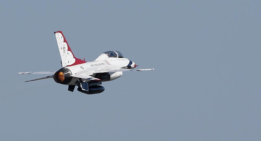 مقاتلة أمريكية من طراز إف-16