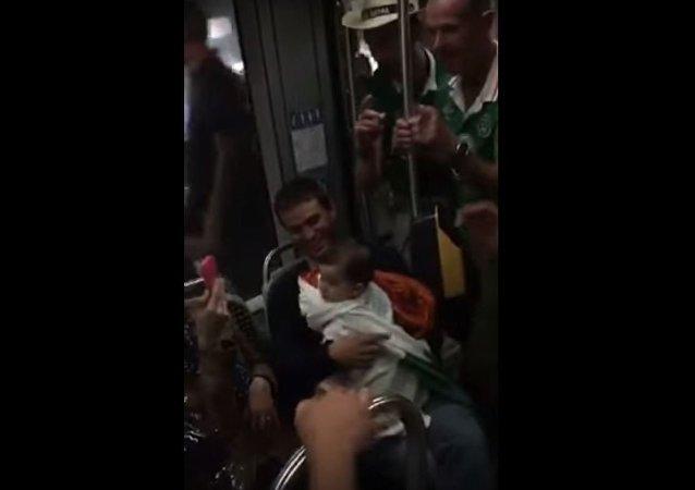 بالفيديو... ماذا غنى مشجعو إيرلندا لطفل فرنسي