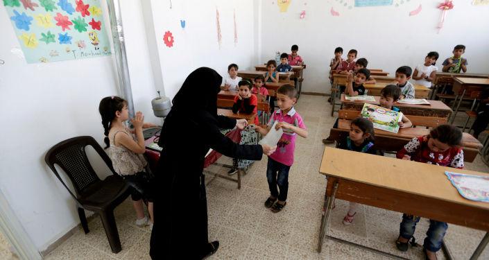 التلاميذ فى مدارس سوريا