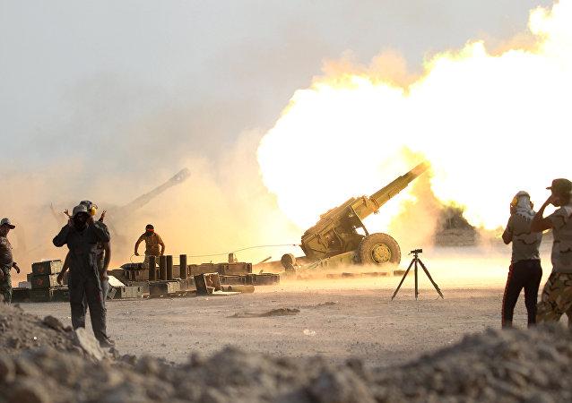 القوات العراقية والحشد الشعبي أثناء تحرير الفلوجة من قبضة داعش