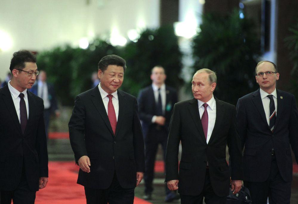 الرئيس الصيني مع الرئيس الروسي