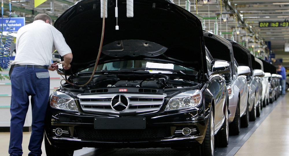 تصنيع سيارات مرسيدس