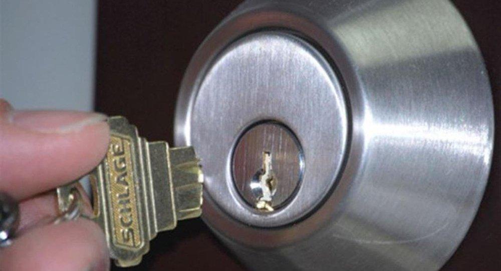 بالفيديو طريقتان سهلتان لإزالة المفتاح المكسور داخل قفل