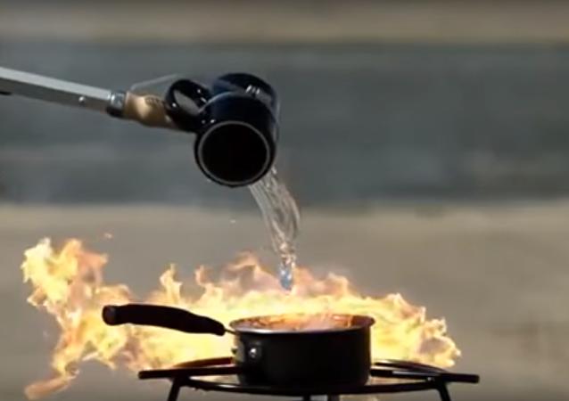 خلط الزيت بالماء خطر شديد