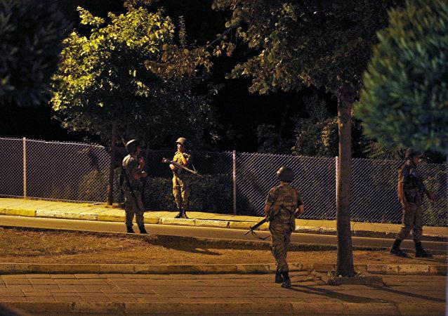 أفراد الجيش التركي