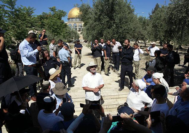 فلسطين واقتحام مسجد الأقصى