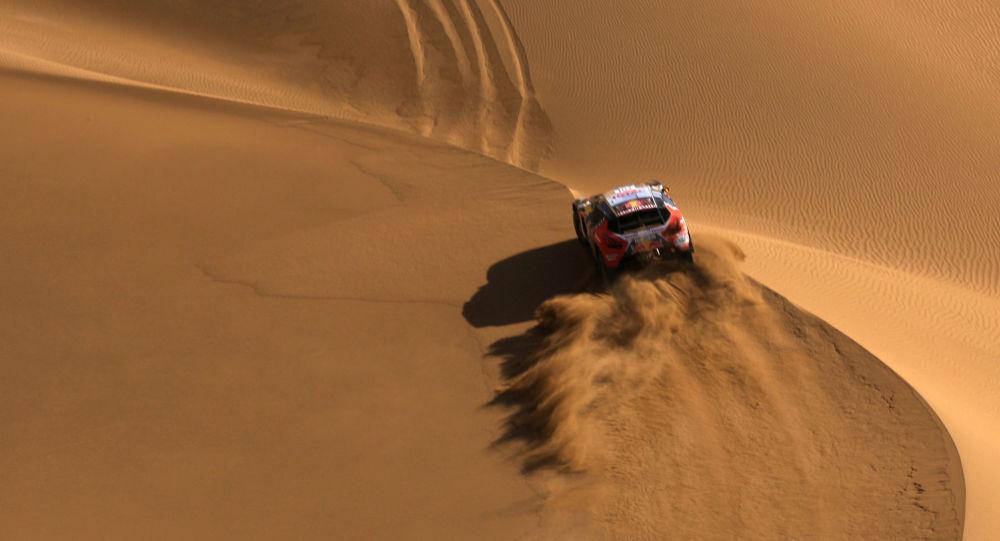 المرحلة التاسعة لسباق المركبات في صحراء غوبي، 18 يوليو/ تموز 2016